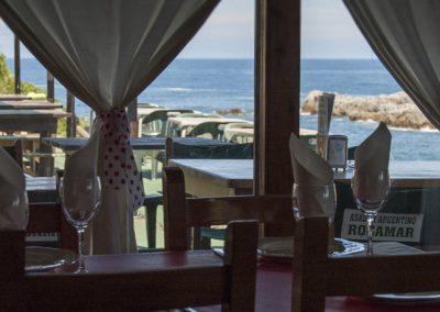 comedor-interior-restaurante-asador-rocamar-islares